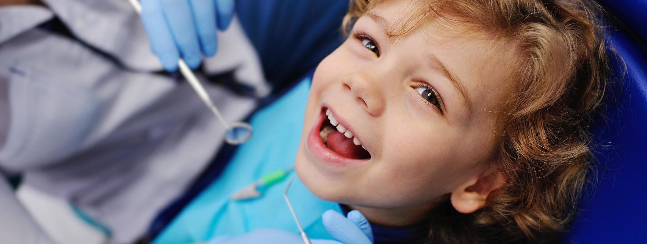 Zahnarztpraxis Dentavia Roedelheim - Kinderbehandlung Zahnarzt - Header